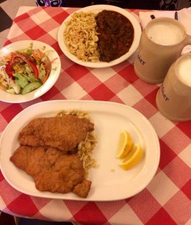 Schnitzel et Rinder goulasch