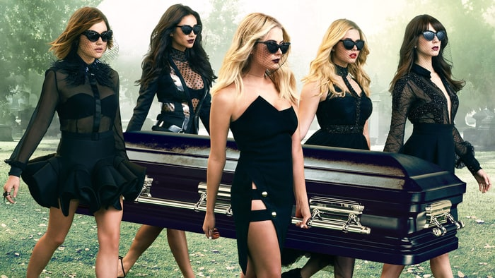 pretty-little-liars-zoom-2984005a-702d-4591-9a3b-c99ec957b42f