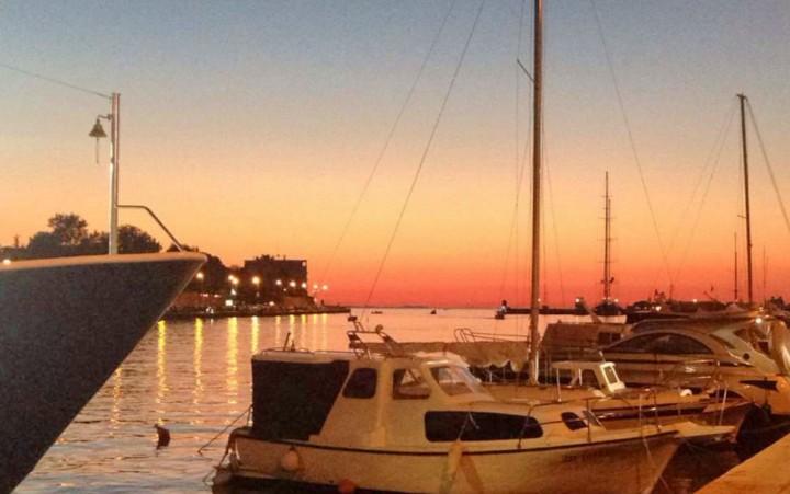 coucher-de-soleil-sur-le-port-de-zadar