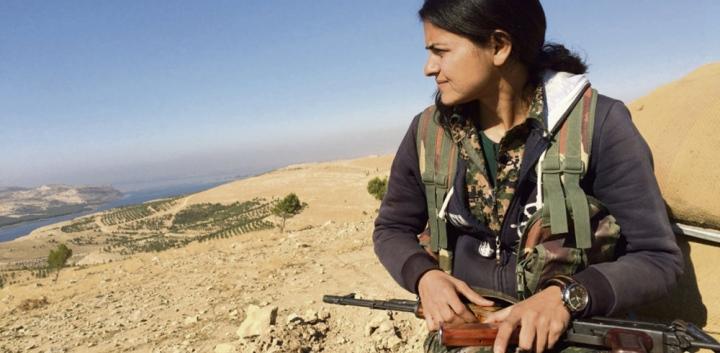 programme-tv-ce-soir-on-regarde-femmes-contre-daesh-sur-lcp,M309992.jpg