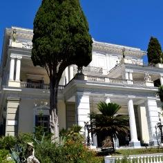 Palais Achilleion @manonvanpeene