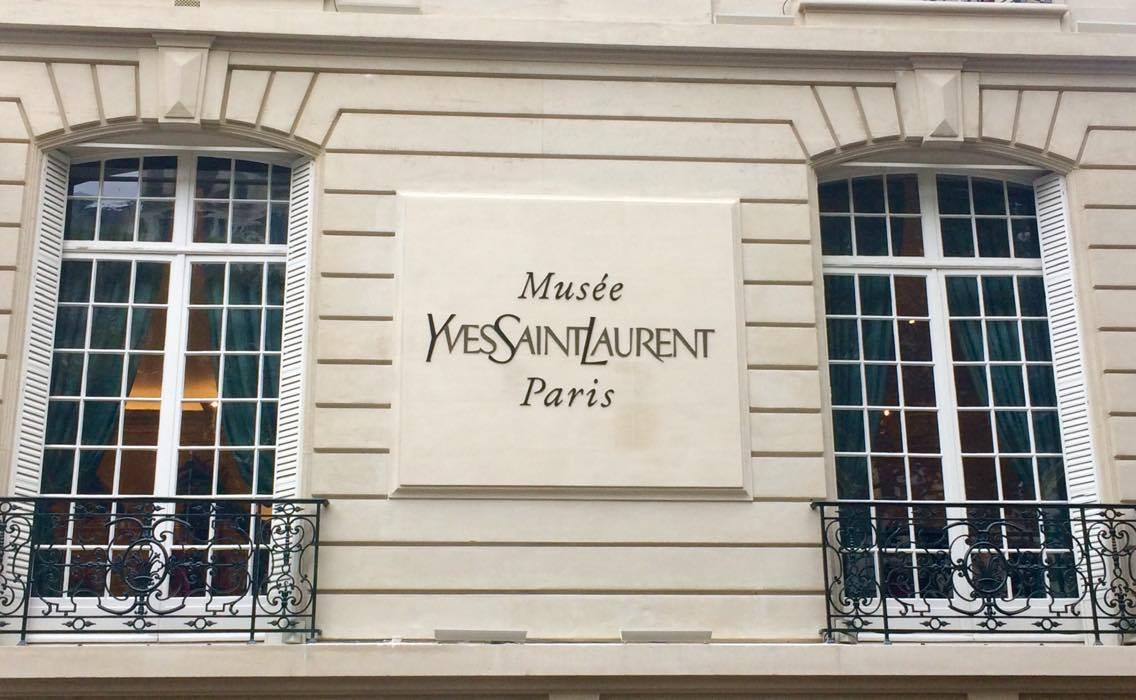 Le mus e yves saint laurent ouvre ses portes paris jollies magazine - Musee yves saint laurent paris ...