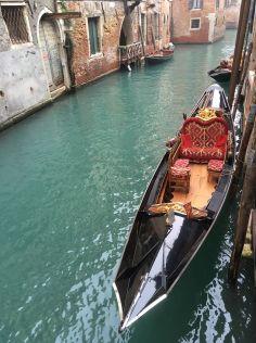 Les gondoles que l'on croise partout sur l'île ©Adeline Mullet